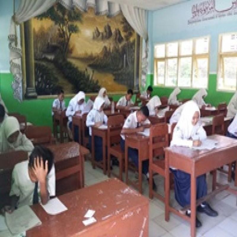 4186 Siswa dan Siswi Sub Rayon 52 MTsN Tarate Ikuti Ujian Madrasah